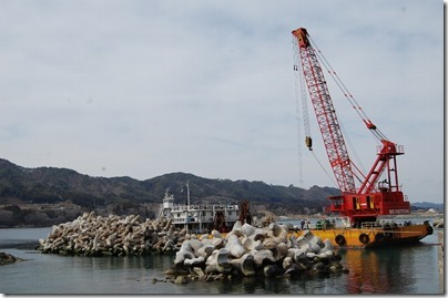 ③船越漁港の復旧工事13.03.30