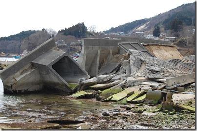 ④船越漁港の被災状況13.03.30