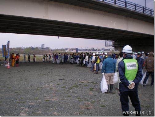 H29.4.15 北上川等の河川清掃0013