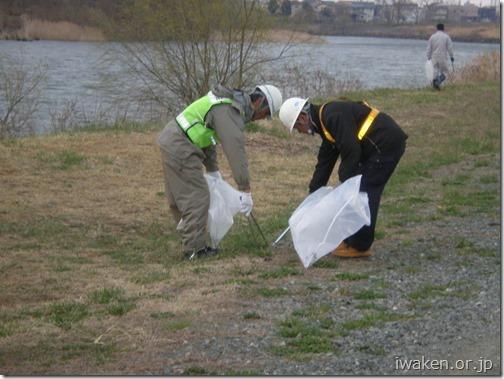 H29.4.15 北上川等の河川清掃0015
