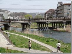 上の橋付近