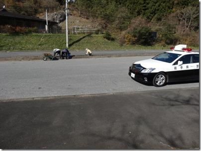 警察のパトロールカーです